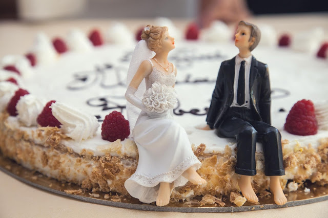 About Page Wedding Cycle, Cake Topping, Image Credit Pexels