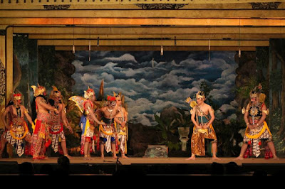 Dedikasi Wayang Orang Sriwedari Lestarikan Seni Tradisional