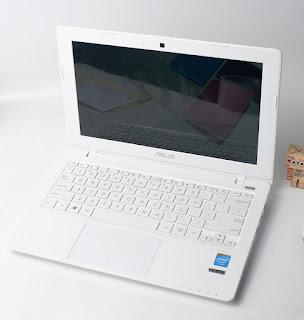 jual laptop asus x200ma bekas