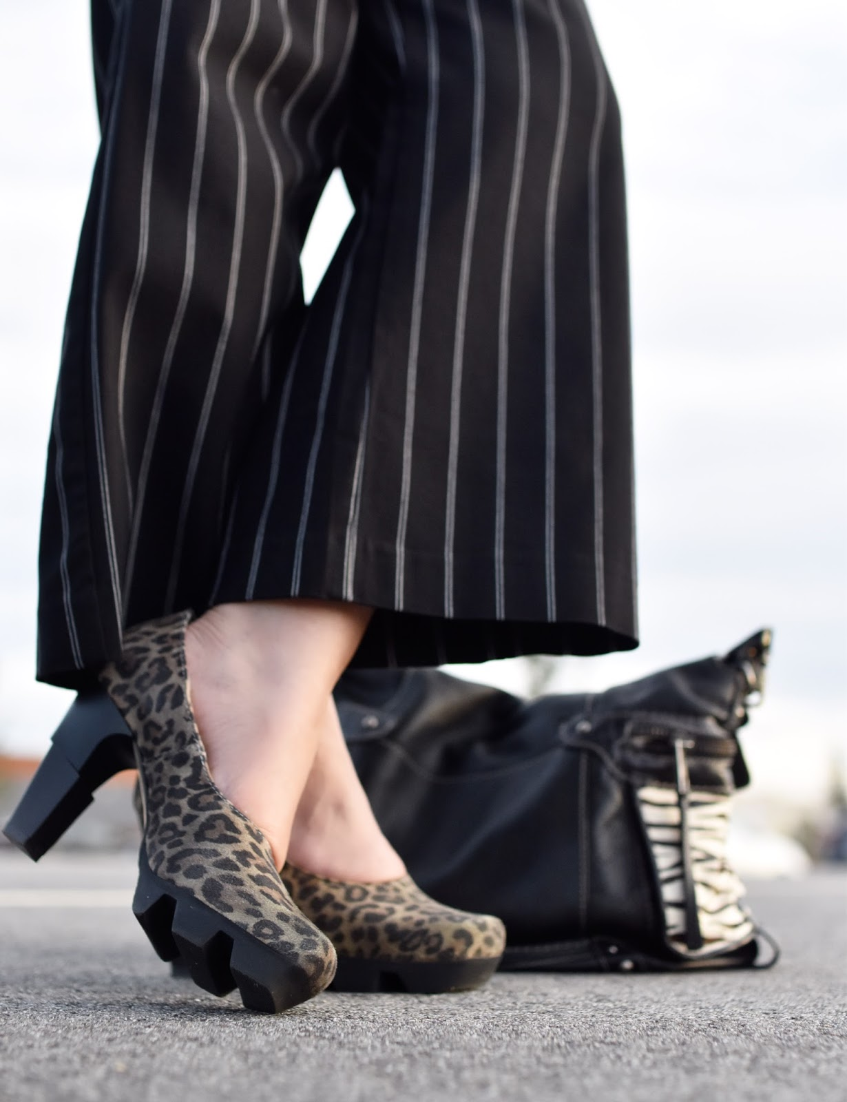 Monika Faulkner outfit inspiration - cropped striped trousers, Like Smug leopard pumps, Fossil satchel