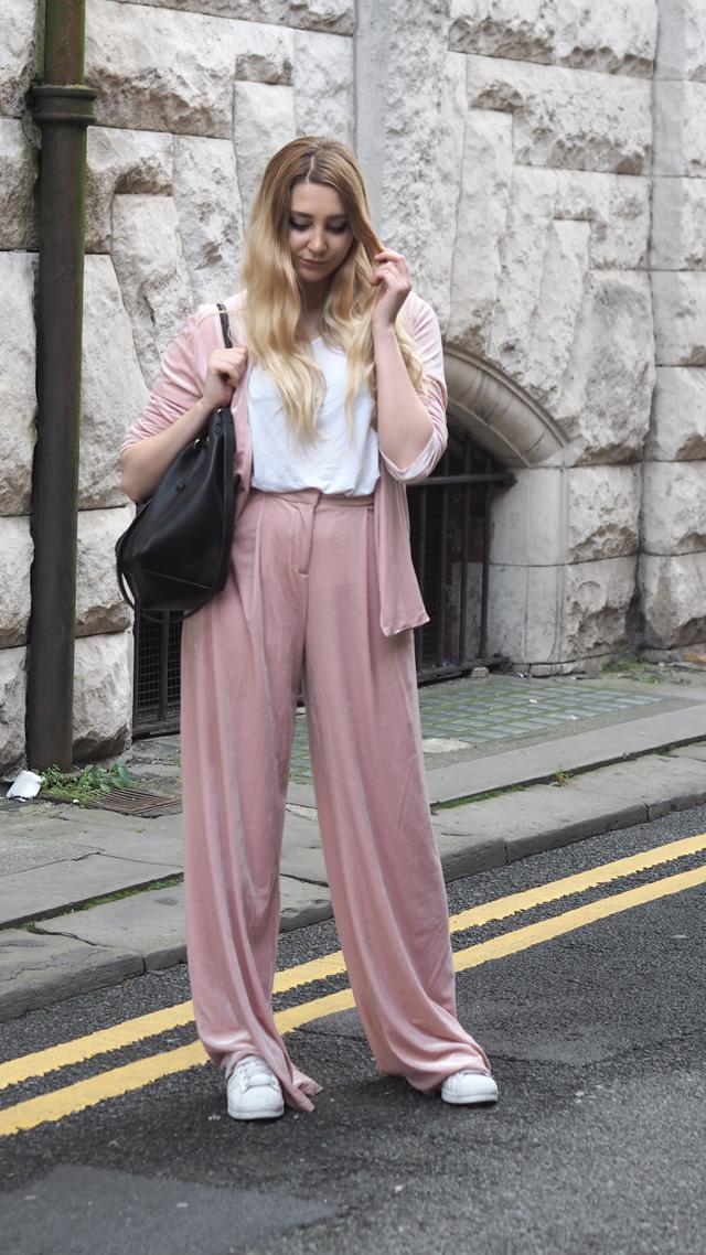 how to style velvet fashion blog