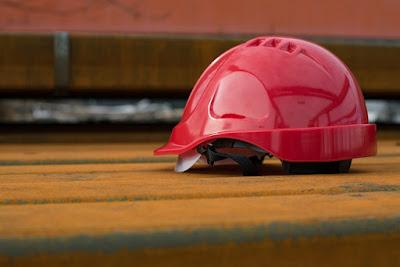 5 aspecte esentiale ale protectiei muncii