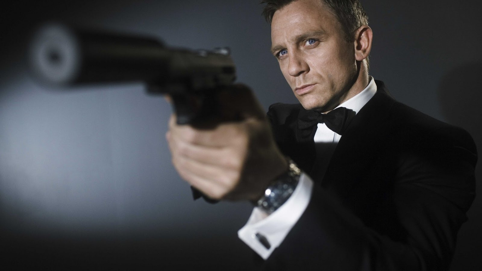 James bond with a gun hd wallpaper hd wallpaper - James bond images hd ...