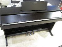 Yamaha YDP142 digital piano
