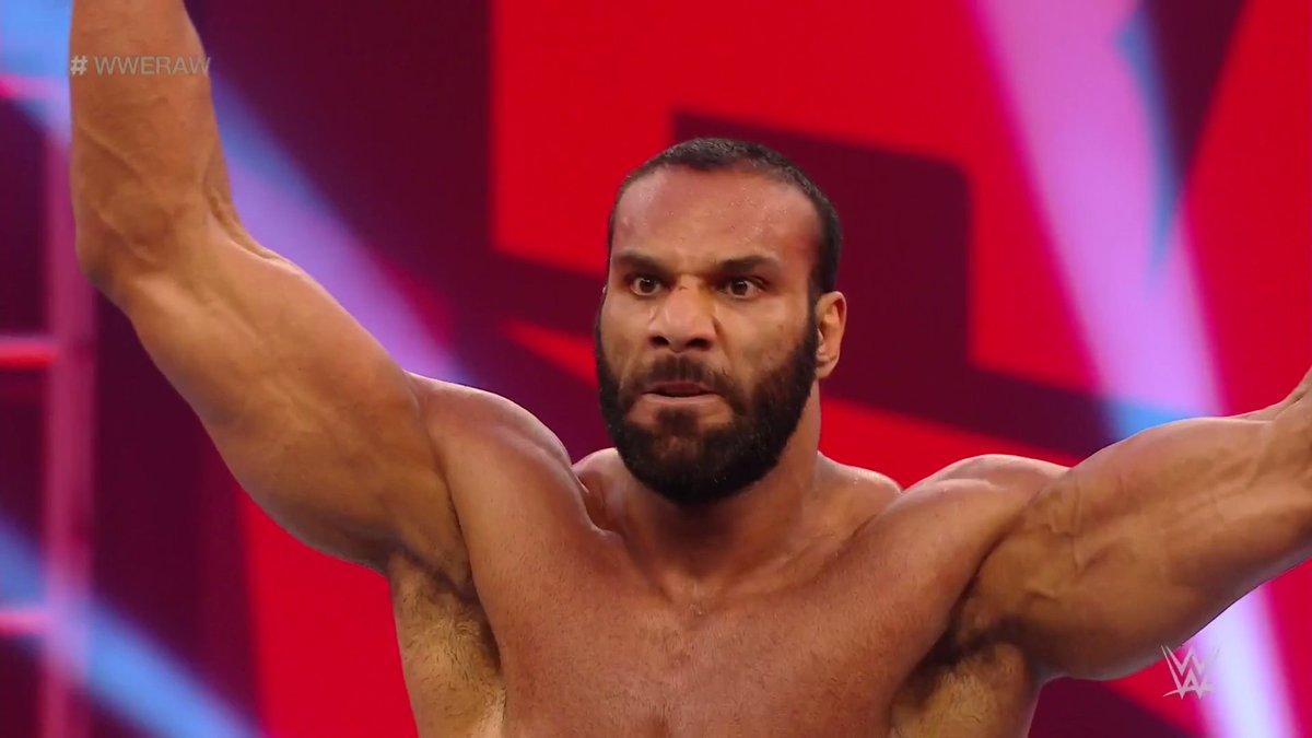 Jinder Mahal faz seu retorno aos ringues