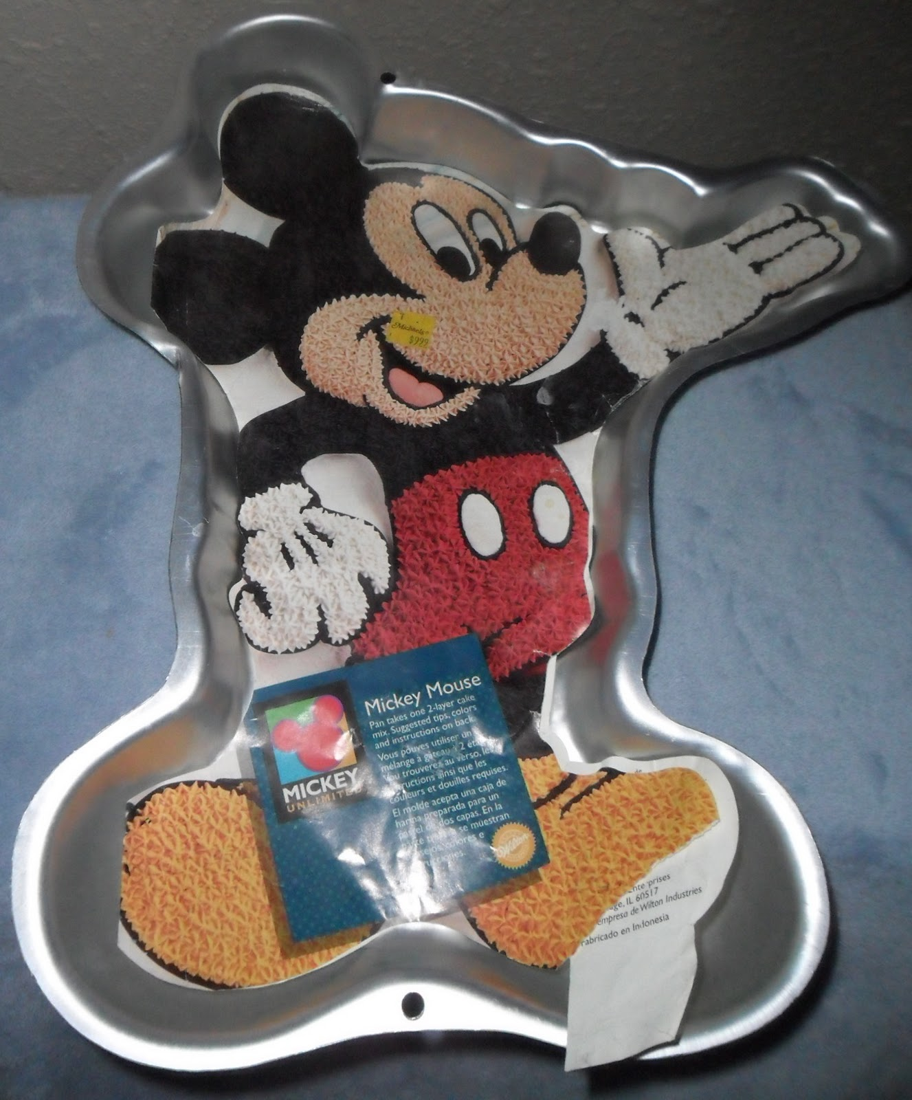 mickey mouse cake pan minnie mouse cake pan wilton invitations ideas 5879