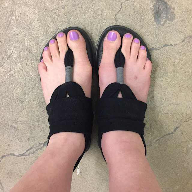 Sanuk, Sanuk Black Yoga Sling 2 Sandals, sandals, footwear, shoes, #TuesdayShoesday, #ShoesdayTuesday, broken ankle, beautifying the broken ankle