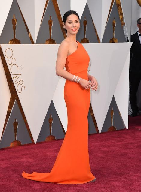 Olivia Munn en la alfombra roja de los Oscars 2016 - Foto: Gtres Online