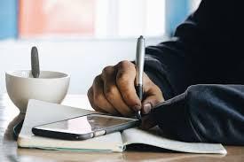 Kamu Harus tau Resiko Jadi Seorang Penulis. The Zhemwel