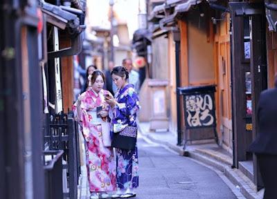 4 Sifat Unik Gadis Jepang