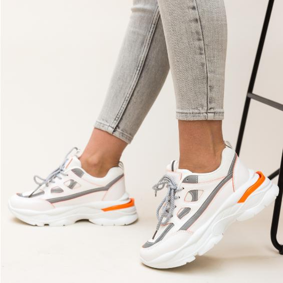 Adidasi cu talpa groasa de femei albi la moda la pret mic