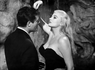 La Dolce Vita, Marcello Mastroianni as Marcello Rubini, Anita Ekberg as Sylvia, Directed by Federico Fellini