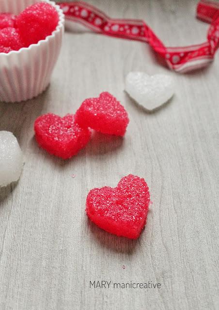 Zuccherini a cuore fai da te per San Valentino