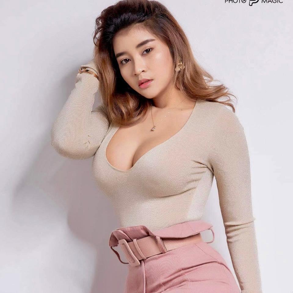 Myanmar Hot Actress Chaw Kalayar Dance Video Clip -1339