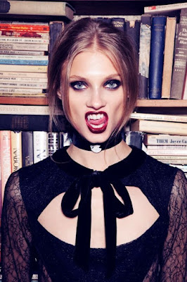 http://www.vampirebeauties.com/2012/03/vampiress-in-advertising.html