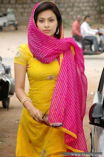 Real college girl photo, lovely Indian girl pic, real village girl pic