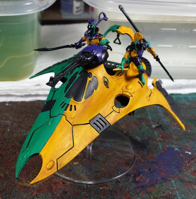 Painting A Starweaver With Brush