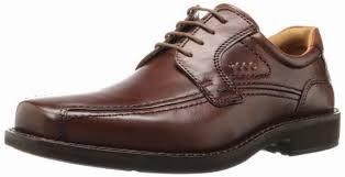 Sepatu Marc Ecko