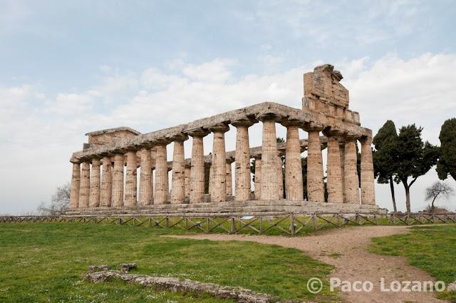 Templo de Ceres o de Apolo en Paestum