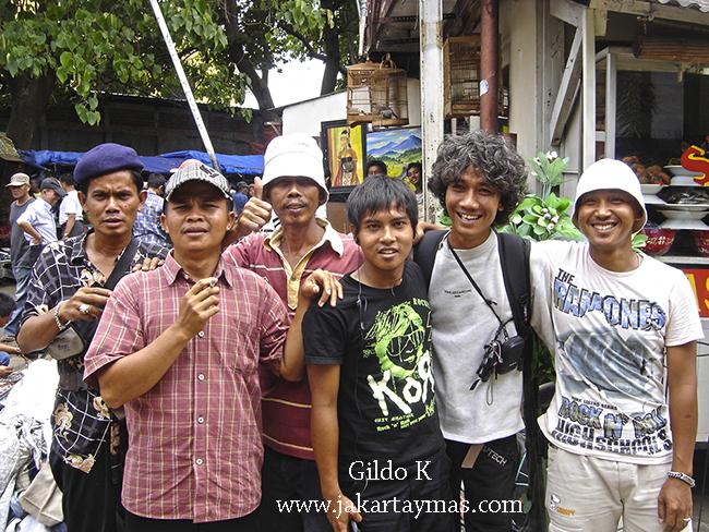 Buena gente en Jatinegara, Yakarta
