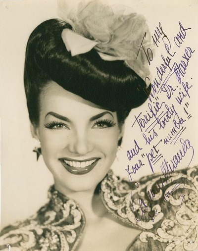 8x10 signed photograph of Carmen Miranda in Turbin