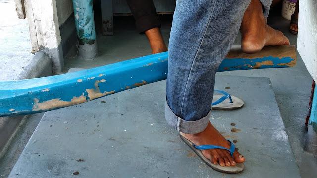 Especial forma de manejar el timón de los patrones maldivos