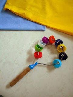 Instrumento musical reciclado : Cascabeles