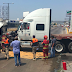 Pánico por incendio de tráiler en avenida de Veracruz