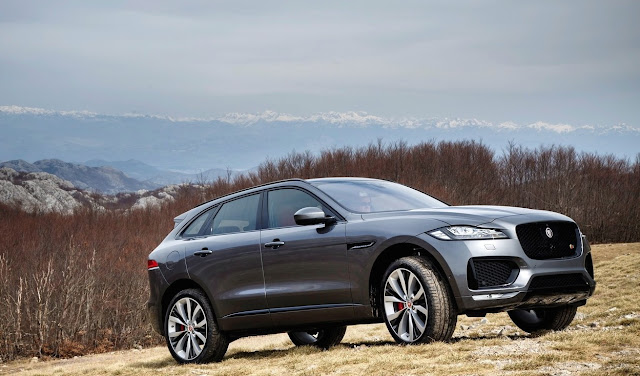 2017 Jaguar F-Pace S grey