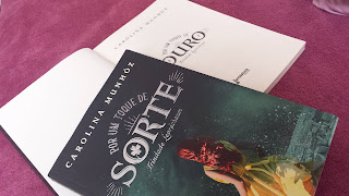 Por um toque de sorte, Carolina Munhóz, Editora Rocco, Trilogia Trindade Leprechaun