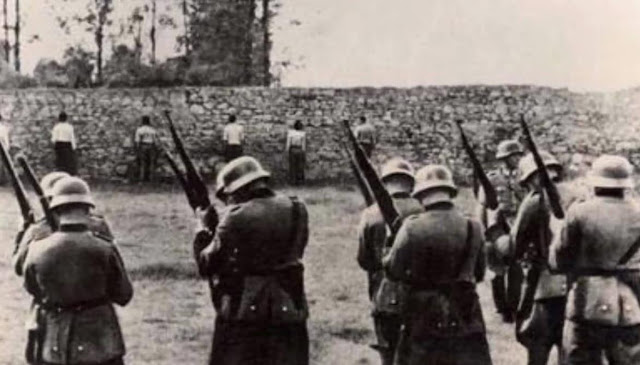 Γερμανικός Δούρειος Ίππος για την άλωση της μνήμης