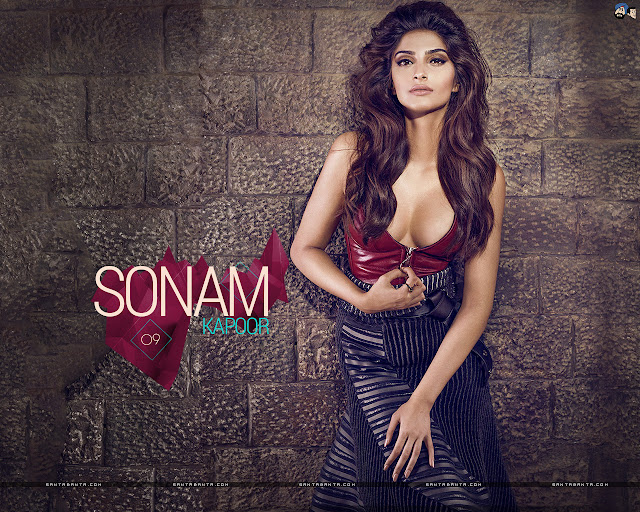 Sonam Kapoor sexy Wallpapers