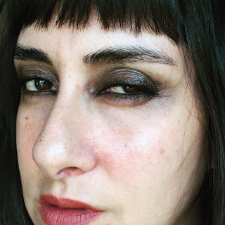 90s Grunge Makeup :: 31 Days of Liquid Eyeliner