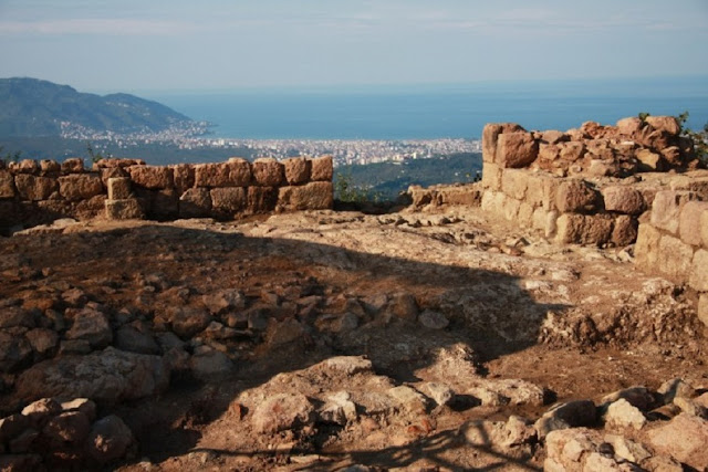 Excavations to resume at 2,300-year-old castle on Black Sea coast