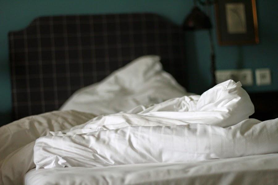 bett kissen decke schlafstörung