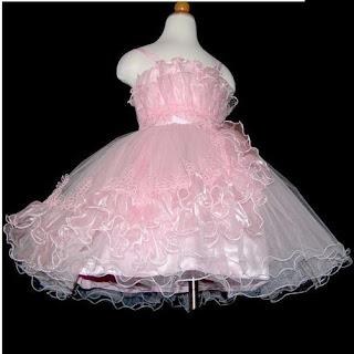 vestido rosa de cetim para crianças