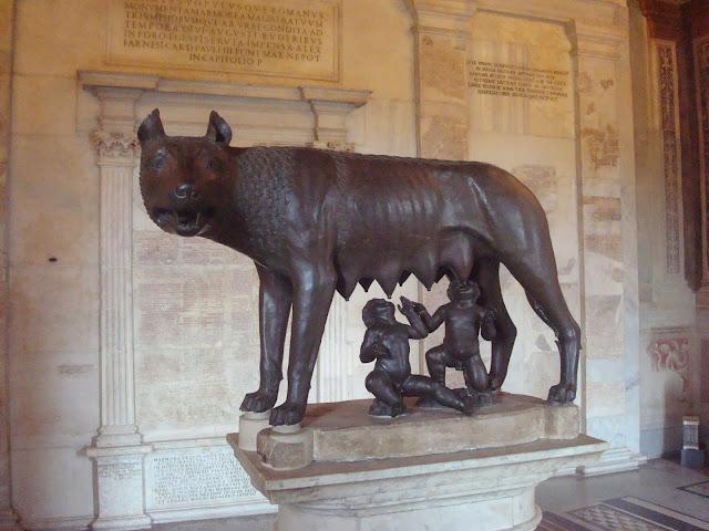 Roma quem tem boca vai a roma e de l no vai querer voltar romulo e remo fandeluxe Gallery