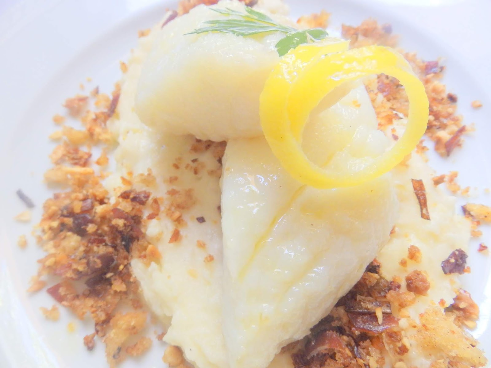 Patata Porner cuina de la mare: bacallà confitat amb engrunes i crema de