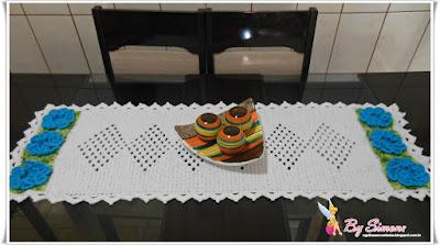 Caminho de mesa em crochê com vídeo aula