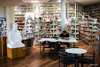 """""""Η μαγεία των Χριστουγέννων"""" στη Λαϊκή Βιβλιοθήκη της Καλαμάτας"""