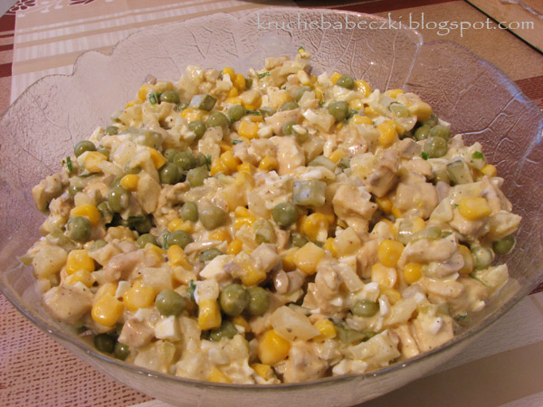 Sałatka z kurczakiem i warzywami :)