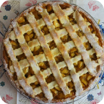 http://tortenschlaraffenland.blogspot.co.at/2013/05/apfel-marzipan-rhabarber-tarte.html