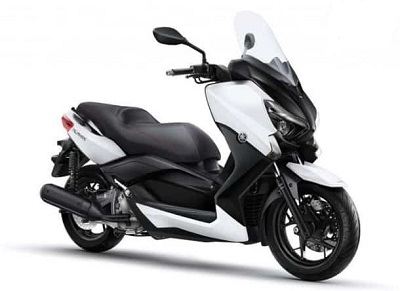 Review Yamaha XMAX 250