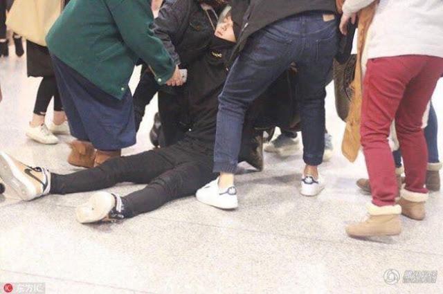 Huang Zi Tao faints