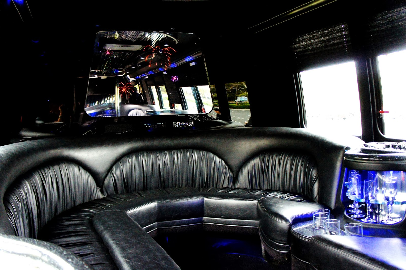 Aall In Limo Limo Bus Temecula Wine Tour