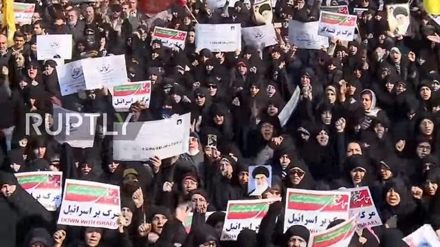 Dunia Internasional Desak Iran Menghormati Hak Demokrasi Warganya