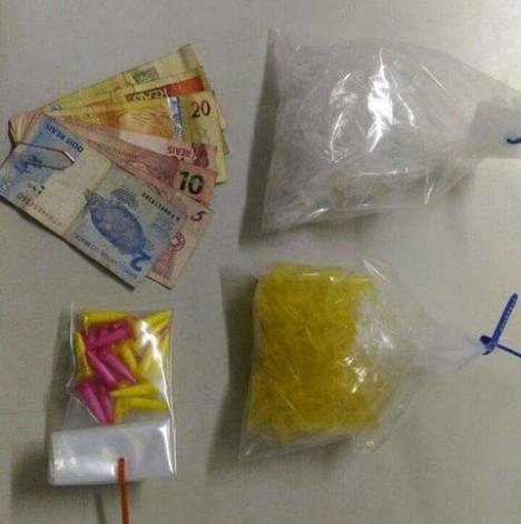 Mulher é presa por tráfico de drogas em São João da Boa Vista