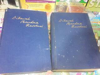 Koleksi Buku Lawas : Dibawah bendera revolusi..Asli cetakan tahun 1964&1965 (satu set/Dua jilid) 1,8 jt