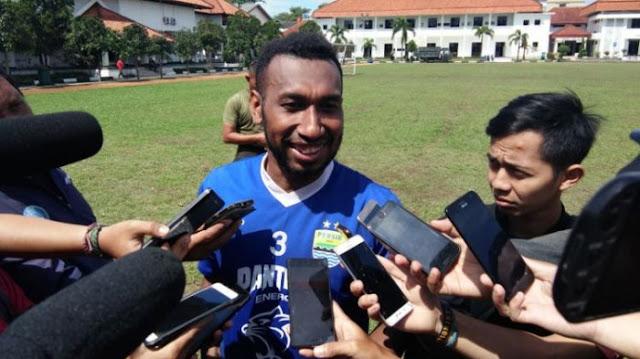 Prediksi Skor Jitu Mitra Kukar Vs Persib Bandung