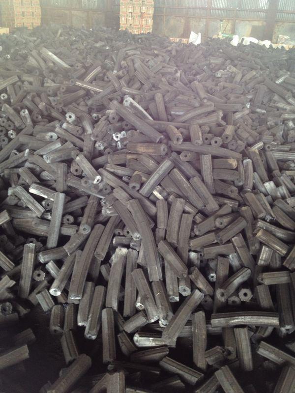the utilization of sawdust and charcoal Sawdust compress machine,  briquette machine coke machine wood briquette machine charcoal machine sawdust log making.